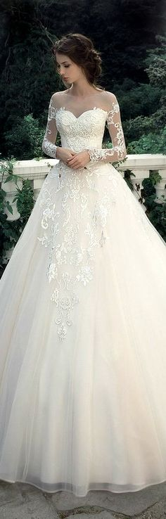 Milva Bridal 2017... This Gown makes me want to get married. Lol. Gorgeous!