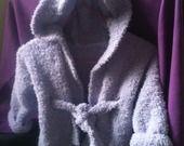 Peignoir à capuche tricoté main pour bébé taille 6 mois : Mode Bébé par bleu-blanc-rose
