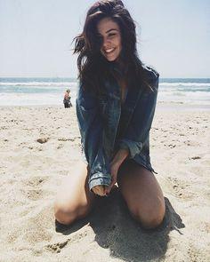 S A T U R D A Y S ☀️ - Danielle Campbell
