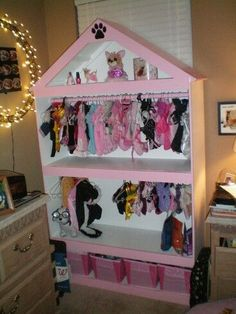 Dog clothes organizer