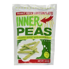 """Inner Peas - """"These are perfect for salt cravings! Crisp and salty, they're made from peas and are high in protein and fiber,"""" says celeb nutritionist Lisa DeFazio. Healthy Food Choices, Healthy Eats, Trader Joes Healthy Snacks, Healthiest Snacks, Low Sodium Diet, Snack Recipes, Healthy Recipes, Time To Eat, Trader Joe's"""