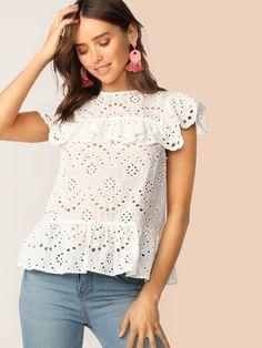 Ruffle Trim Keyhole Back Schiffy Top Women's Dresses, Dress Outfits, Fashion Outfits, Blouse Styles, Blouse Designs, Myanmar Dress Design, Lace Top Dress, Looks Plus Size, Frack