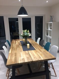 Home Decoration Nice 50 Awesome DIY Rustic Dining Table Design Ideas source : ideabosdecoration. Ikea Dining Room, Farmhouse Dining Room Table, Diy Dining Table, Dining Room Design, Modern Rustic Dining Table, Dinner Table Design, Conservatory Dining Room, Diner Table, Esstisch Design