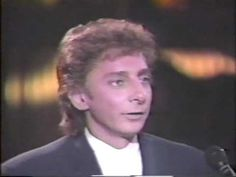 Arsenio Hall intervews Barry Manilow for the first time