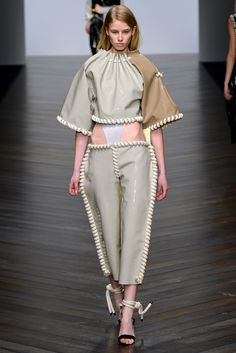 Central Saint Martins Fall 2013 Ready-to-Wear Fashion Show - Eilish Macintosh