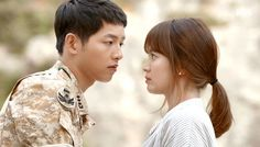 """The writer of thecurrently airing hitdrama """"Descendants of the Sun,"""" Kim Eun Sook, addressed the issue of many viewers saying that the lines in the drama are too cheesy. In a podcast uploaded on April 6 by the People's Solidarity for Participatory Democracy organization, Kim Eun ..."""