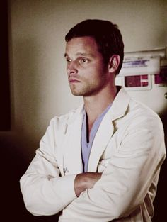 Alex (Justin Chambers) Breaks Down