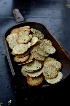 Homemade Scallion Sesame Crackers, by thewoksoflife.com