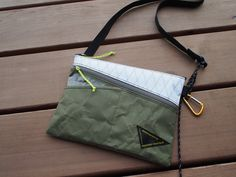 Hiker's SACOCHE- 02 (with zip pocket) - atelierBluebottle