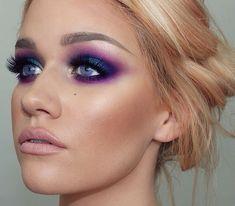 Urban decay electric palette Purple & blue eyshadow