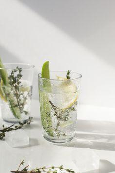 Lightened up Winter Cocktails: Gin Cup #DrinkVintage #seltzer #ad
