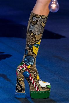 The 50 Best Shoes from the NYFW Spring 2017 Runways | StyleCaster.... Sorry but I can't say I'm a fan of these. They are too way out. Maybe if we were back in the flower power days of the 60 ' s. However someone will like them somewhere I'm sure....Louise