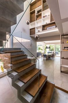 MP House, Jambeiro, Brazil by Otta Albernaz Arquitetura - . - MP House, Jambeiro, Brazil by Otta Albernaz Arquitetura – - Winding Staircase, Traditional Staircase, Concrete Stairs, Wood Stairs, Beton Design, Home Modern, Modern Stairs, Interior Stairs, House Stairs