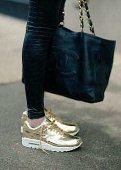 Find More at => http://feedproxy.google.com/~r/amazingoutfits/~3/ddYZME1WKxw/AmazingOutfits.page