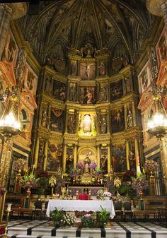 Retablo Mayor de la Basílica de Guadalupe. Lugar de peregrinación desde el siglo XIV, uno de los centros devocionales más importantes de Europa. Si buscas un Blog de Viajes ameno en descubreiberia.wordpress.com lo encontrarás.