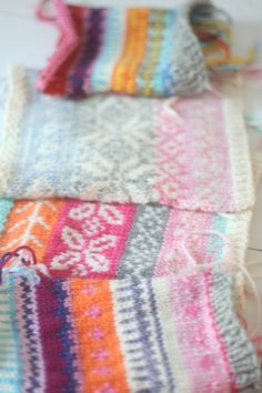 Beautiful fair isle knit swatches from Casapinka.