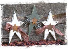 woodenstarswithribbon.jpg (275×200)