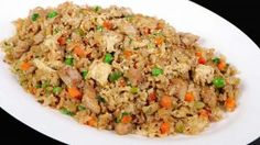 Chicken fried rice is one of the menus that you can serve to anyone, any time! My chicken fried rice recipe is healthier because I'm using brown jasmine ric Rice Recipes, Asian Recipes, New Recipes, Cooking Recipes, Ethnic Recipes, Chinese Recipes, Cooking Food, Shrimp Recipes, Super Healthy Recipes
