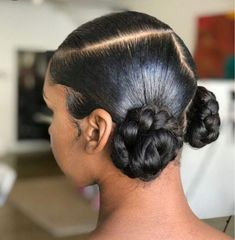 Shop best salon stylist recommend ed human hair lace frontal wig lace closure wig 360 full lace wig sewing machine wig from heymywig.com. Discover black girls trendy hairstyle protective hairstyle on instagram Heymyiwig_ visit www.heymywig.com for more about hair beauty.