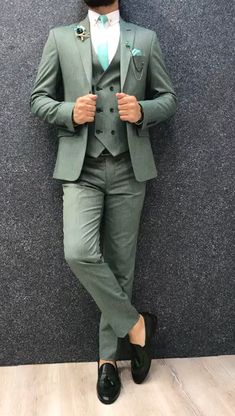 Collection: Spring – Summer 2019 Product: Slim-Fit Wool Suit Color Code: Green Size: Suit Material: wool, polyester Machine Washable: No Fitting: Slim-fit Package Include: Jacket, Vest, Pants Only Gifts: Shirt, Chain and Neck Tie Mens Casual Suits, Dress Suits For Men, Stylish Mens Outfits, Mens Fashion Suits, Men Dress, Mens Suits, Formal Suits For Men, Blazers For Men Casual, Green Suit Men