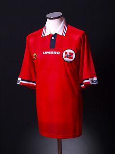 1998-00 Norway Home Shirt Classic Football Shirts 9ff60d1228b3e