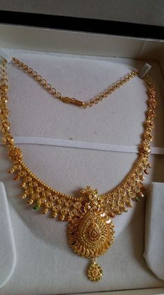28 grams neclace hallmark from balaji Jewellers. Beautiful nakshi work necklace with pendant. 10 March 2018 28 grams neclace hallmark from balaji Jewellers. Beautiful nakshi work necklace with pendant. Gold Bangles Design, Gold Earrings Designs, Gold Jewellery Design, Necklace Designs, Gold Designs, Handmade Jewellery, Gold Temple Jewellery, India Jewelry, Gold Jewelry Simple