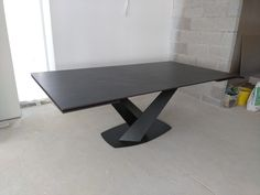 Extendable version of Victoria table in Dekton Kelya top and Black frame. Available in other sizes and configurations. Delivered to our client in Llandudno. Contemporary Furniture, Contemporary Design, Leather Bed, Dinner Table, Sofa Design, Modern Bedroom, Sideboard, Tables, Victoria