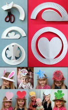 chapéus de pratos de papel :)