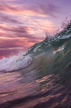 Sun of the sea Waves of the sea I am the water Make me the sea No Wave, Water Waves, Sea Waves, Sea And Ocean, Ocean Beach, Pink Ocean, Ocean Sunset, Beautiful Ocean, Beautiful World