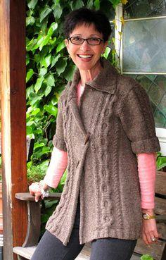 Quercus cardigan : Knitty First Fall 2011