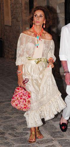 Outfits: Nati Abascal, en Ibiza - Harper's Bazaar, junio 2013.