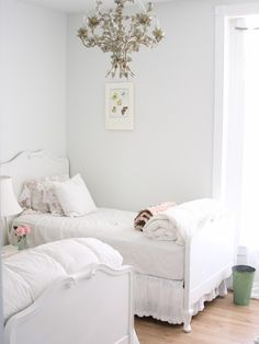 Beautiful White #Guest Room maybe with pale blue or purple