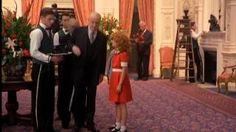 a scene from Annie A Royal Adventure! 1995