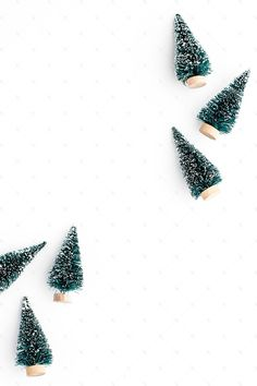 ideas holiday wallpaper lights christmas time for 2019 Holiday Images, Christmas Pictures, Holiday Fun, Holiday Decor, Noel Christmas, Simple Christmas, Winter Christmas, Christmas Flatlay, Christmas Wreaths