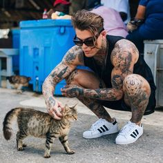 New York -Stephen James Francisco Lachowski, James Stephen, Men With Cats, Teen Sluts, Outfits Hombre, Men With Street Style, Hot Blondes, Hot Guys, Kittens