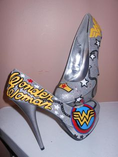 Wonder Woman stillettos. I will say it again - WW and shoes, one of my fave combos!