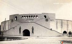EstadioNacional, ubicado en las calles de Jalapa,  Orizaba y Yucatán en la colonia Roma de la Ciudad de México.