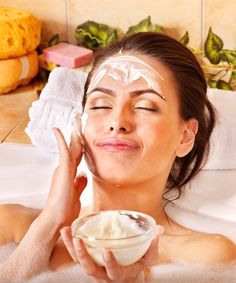 5 Amazing Homemade Face Packs that You Can Eat