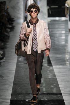 Fendi   Menswear - Spring 2018   Look 12
