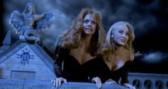 Goldie and Meryl...One of my all time favorite movies! ~Death Becomes Her