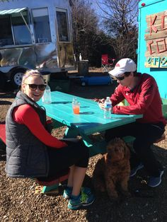 Bring your dog for lunch at the Yacht Club