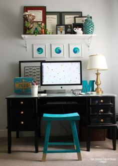 Color impact in art + accessories = a FUN work space. (even more fun if you could change it up throughout the year)