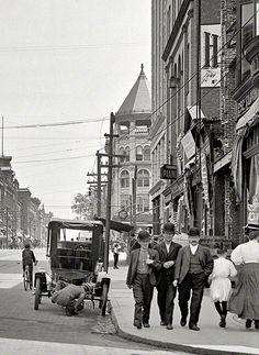 U.S. High Street, Holyoke, Massachusetts, c. 1908