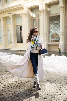 Snow Day, New York - The Londoner Winter Outfit For Teen Girls, Winter Outfits For Work, Winter Outfits Women, Casual Skirt Outfits, Cool Outfits, Fashion Outfits, Snow Day Outfit, Outfit Winter, London Look
