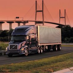 Volvo Volvo Trucks, Long Haul, Big Trucks, Rigs, Vehicles, Hot, Instagram Posts, Wedges, Car