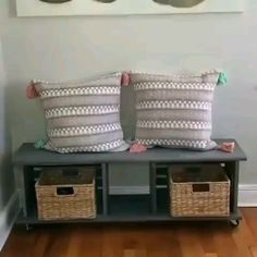 Six Incredible Ways to Turn Michaels' Crates Into Home Decor DIY - Grab a Michaels' crate for these stunning home decor ideas! Diy Crafts For Home Decor, Handmade Home Decor, Diy Room Decor, Furniture Projects, Wood Projects, Diy Furniture, Unique Furniture, Furniture Outlet, Discount Furniture