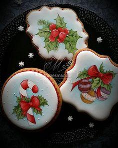 fancy christmas cookies Weihnachtspltzchen Just - christmascookies Christmas Biscuits, Christmas Sugar Cookies, Christmas Cupcakes, Holiday Cookies, Fancy Cookies, Iced Cookies, Cute Cookies, Cupcake Cookies, Christmas Goodies
