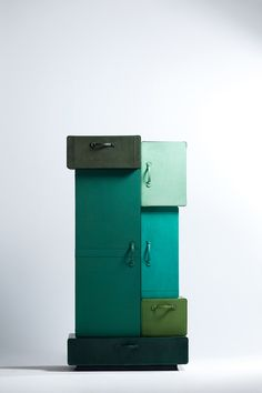 http://designtonicmag.com/2013/suitcases/ #exclusivedesign #luxurydesign #exclusivefurniture #goldfurniture #limitededtion #inspirationideias