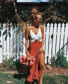 Oct 2017 - Indie and Harper bringing you the latest Bohemian, Gypsy, Mermaid & Festival Jewelry from around the world. Summer Outfits For Teen Girls Casual, Summer Holiday Outfits, Casual Summer Outfits For Women, Cute Casual Outfits, Curvy Outfits, Casual Chic, Autumn Outfits, Comfy Casual, Dress Casual