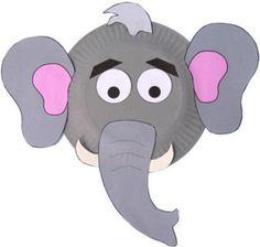 Maschera da elefante con piatti carta